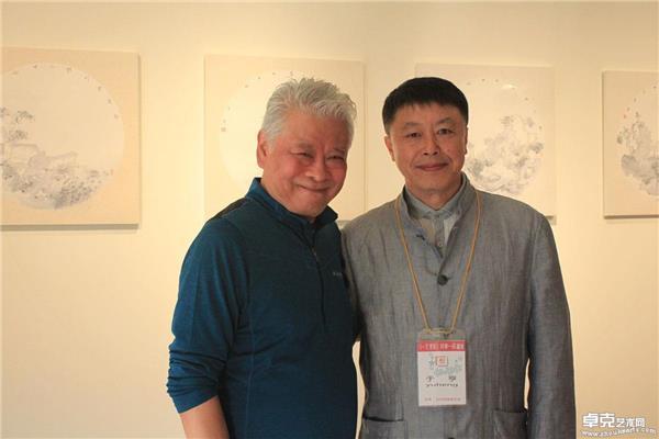 台湾展览~与香港著名漫画家老夫子合影